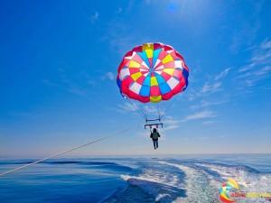 парашути за парасейлинг