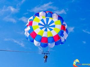 parachutes for parasailing
