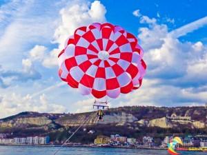 44 ft parachute